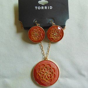Peach Floral Necklace & Earring Set